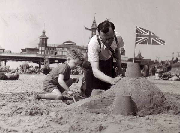 Blackpool-Holiday-Memories-Deckchairs-Buses-Fishing-Barry Ashton