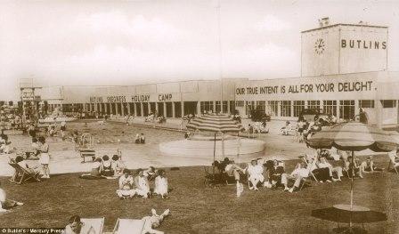 The original 1930s Butlin's Skegness main building. Copyright Butlin's/Mercury Press