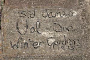 Sid James' signature